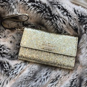 New Gold glitter Kate spade wallet/wristlet 🤩